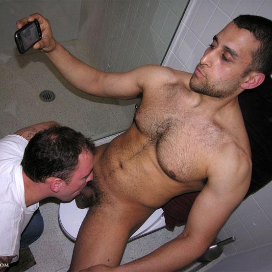 New York Straight Men: Omar's Bathroom BJ | Straights Go Gay: www.straightsgogay.com/new-york-straight-men-omars-bathroom-bj